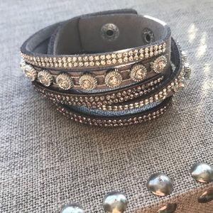 Jewelry - NEW!  Cute Double Wrap Bracelet